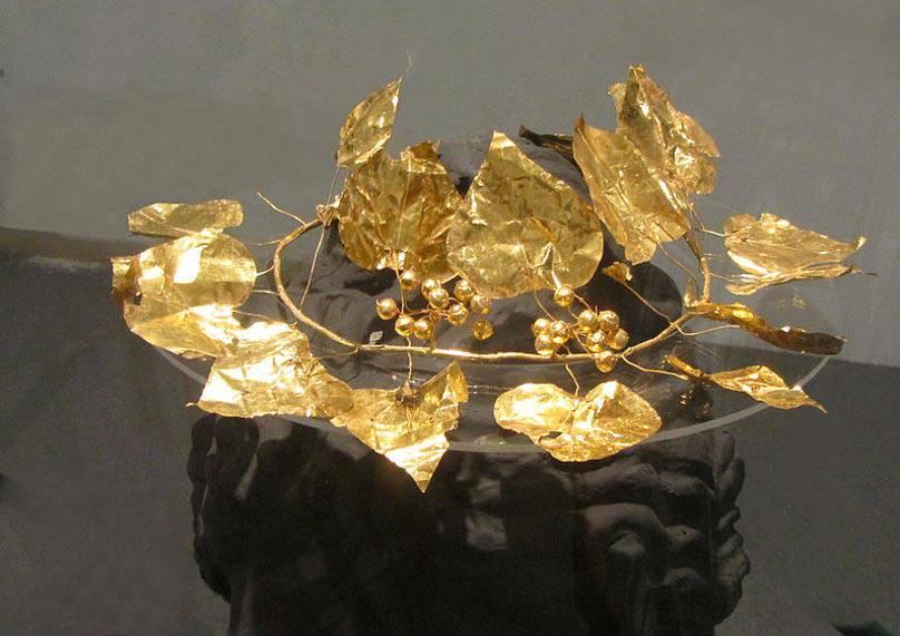 archeologie boz gouden krans