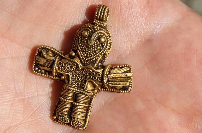 archeologie boz crucifix denemarken