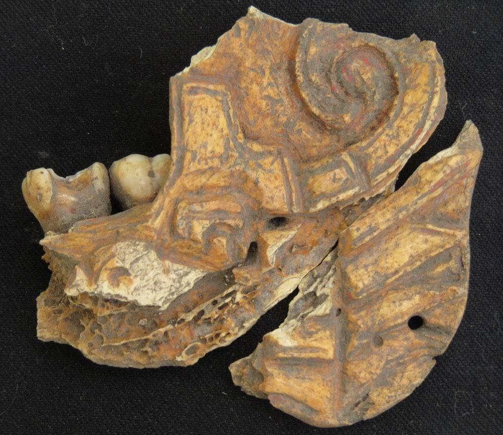 archeologie boz kaakbeenderen juwelen