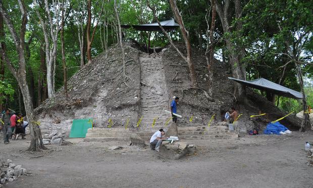 archeologie boz maya tombe belize